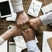 Estrategia comercial y de ventas para vendedores y no vendedores